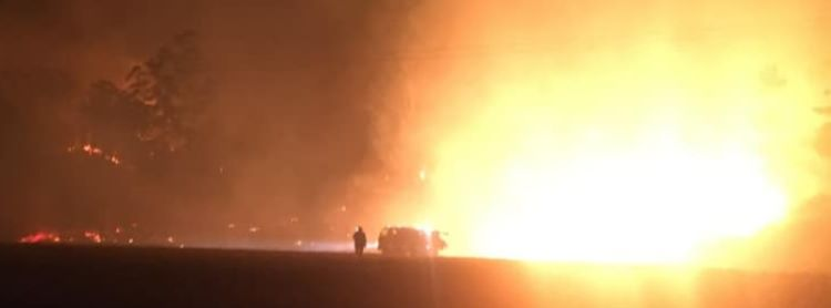 Al menos 3 víctimas mortales y 5 desaparecidos por los incendios forestales en Australia