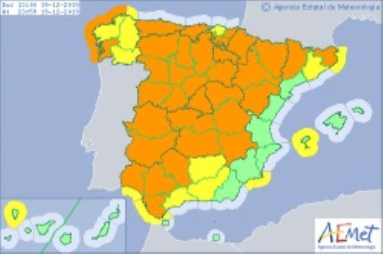 """La borrasca """"Elsa"""": lluvia y vientos huracanados en gran parte de la Península (España)"""