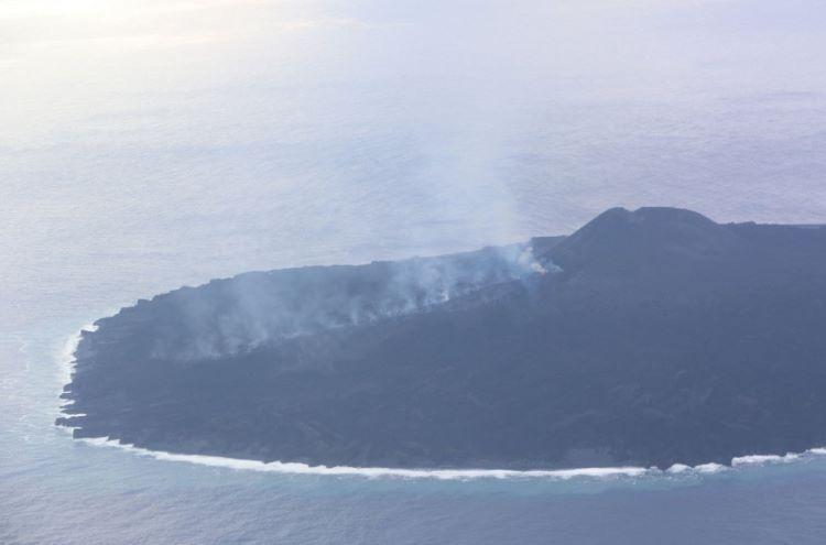 Nueva actividad explosiva-efusiva en el volcán Nishinoshima (Japón)