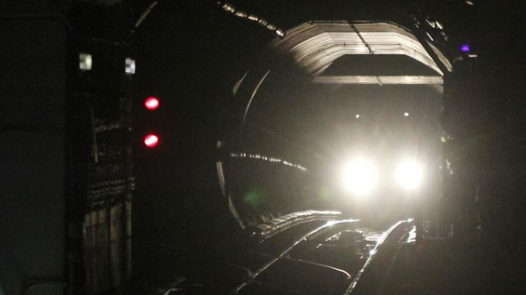 DC deja a cientos de personas atrapadas en un túnel (Estados Unidos)
